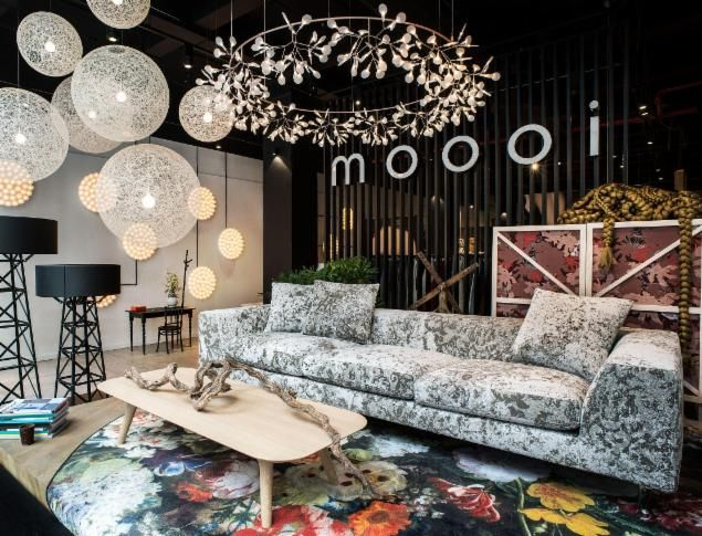 Showroom & Brandstore by Winka Dubbeldam's Architectural Office Archi-Tectonics with moooi Construction lamp and moooi Prop Light and moooi Random Light and moooi Heracleum