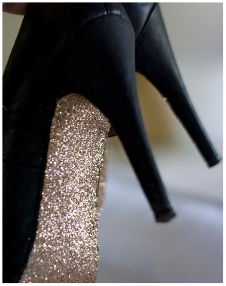10 Fabulous DIY Shoe Makeovers l    Love the Gold underneath :D