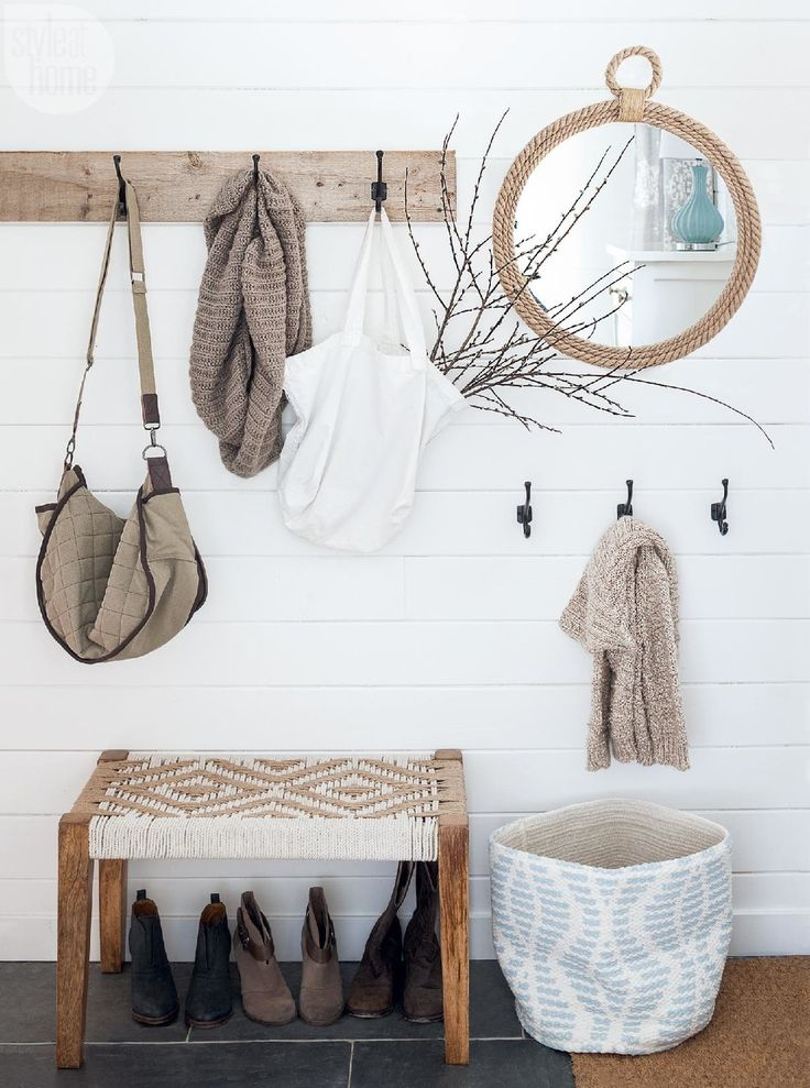 Stylish farmhouse entryway {PHOTO: Barry Calhoun}