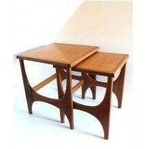 Tables gigognes au style scandinave des années 60 #appoint #chevet #table #gigogne #scandinave #60 #vintage