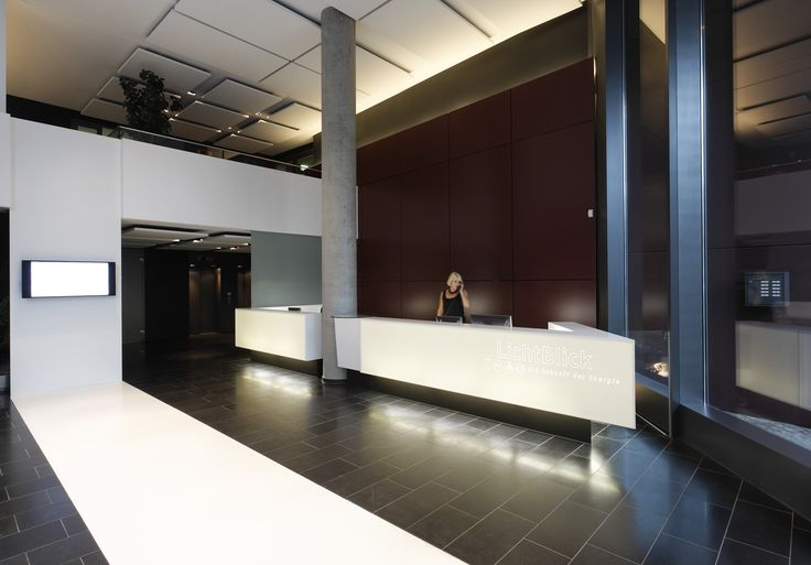 Because the first impression counts...!  Solid surface front desk in Hamburg, Germany  Designed and buildt by Plan W
