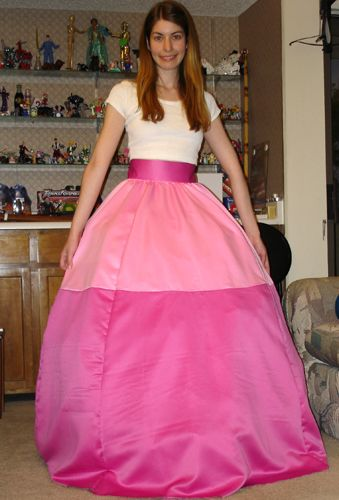 awesome tutorial: The Elegant Princess Peach - Costume Journal and Tips