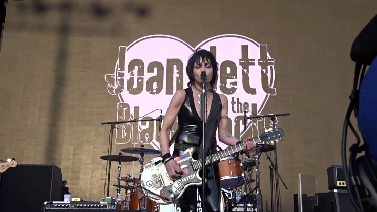 #80er,#Hardrock,joan jett,Joan Jett (Musical Artist),Joan Jett And The Blackhearts (Musical Group),#Love Is Pain (Musical Recording),#New #York #City (City/Town/Village),Queens (US Co...,#Rock Musik,#Saarland Joan Jett & The Blackhearts – #Love Is Pain, Forest Hills, Queens, NY – 5-30-2015 - http://sound.#saar.city/?p=26958