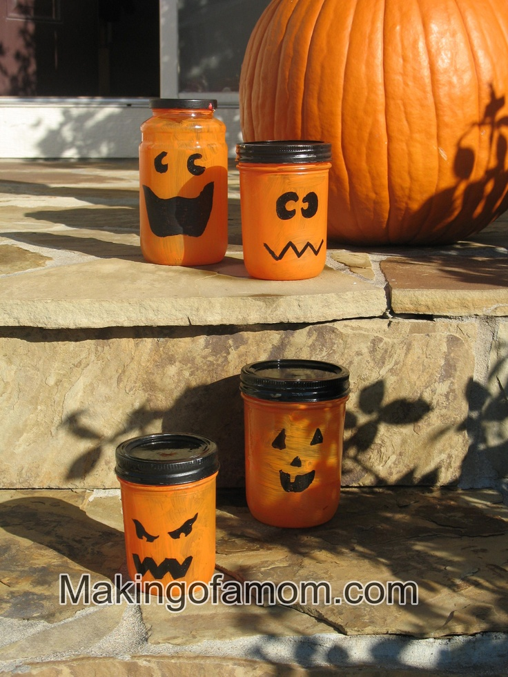 Pumpkin jars, easy and fun for the whole family!3Halloween 3, Holiday Ideas, Crafts Ideas, Holiday Halloween, Fall Holiday, Jars Tutorials, Halloween Crafts, Pumpkin Jars, Halloween Ideas