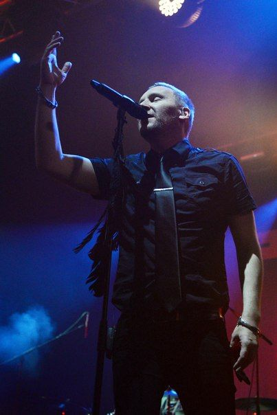 20.11 ► POETS OF THE FALL   35 photos