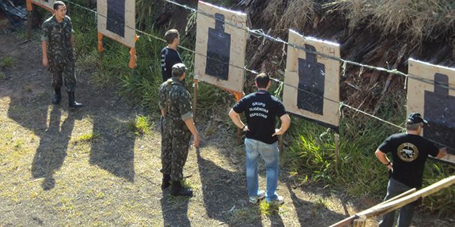 Polícia Civil participa de treinamento para emprego de fuzil com o Exército Brasileiro - http://projac.com.br/policial/policia-civil-participa-treinamento-emprego-fuzil-exercito-brasileiro.html