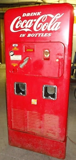 Old stuff - Old Coke Machine