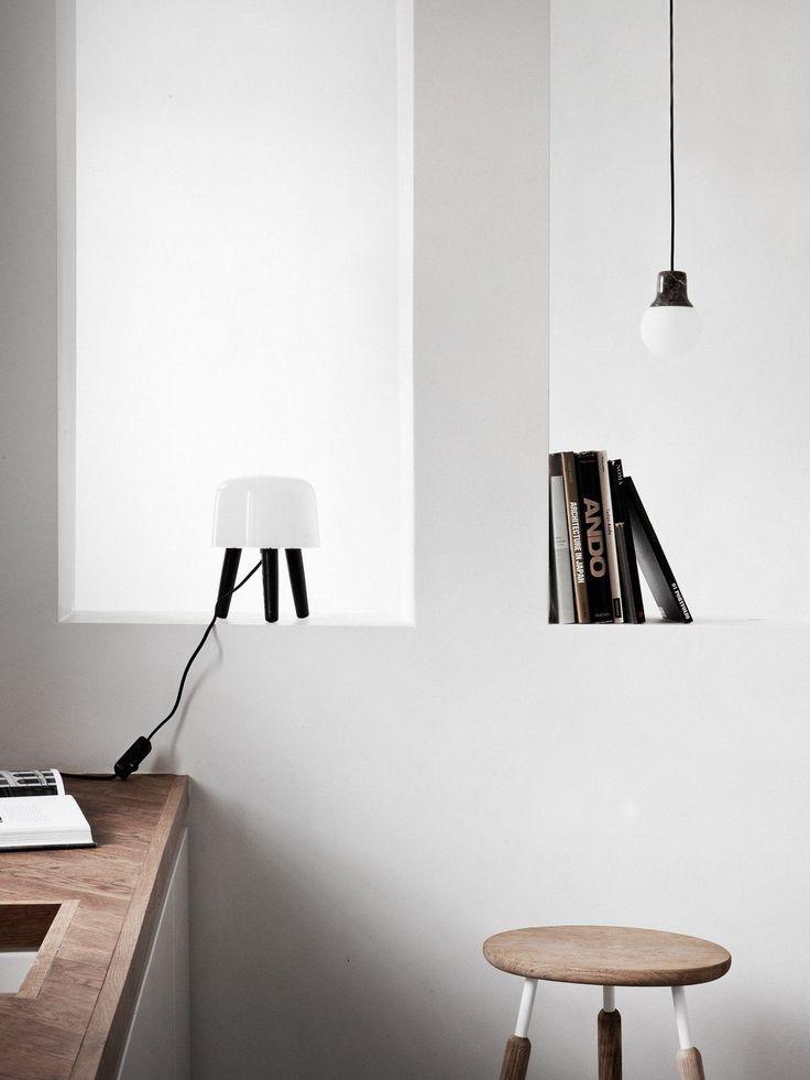 Ideal Die utradition Tischleuchte Milk ist ein kleines Licht Kunstwerk Von einem traditionellen Hocker inspiriert