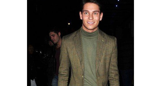 Joey Essex pulls off a roll neck top and a tweed jacket. Very heritage chic!