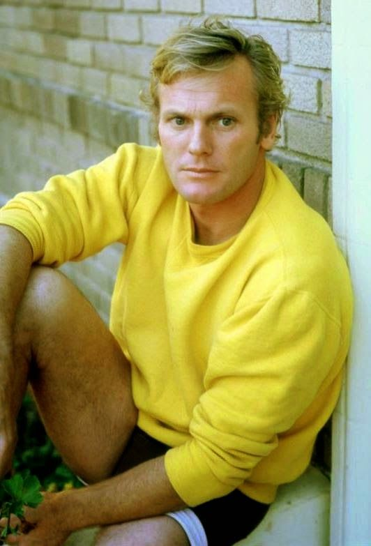 Tab Hunter - I have way too many Tab pictures on this board. But I can't help it... just look at him!