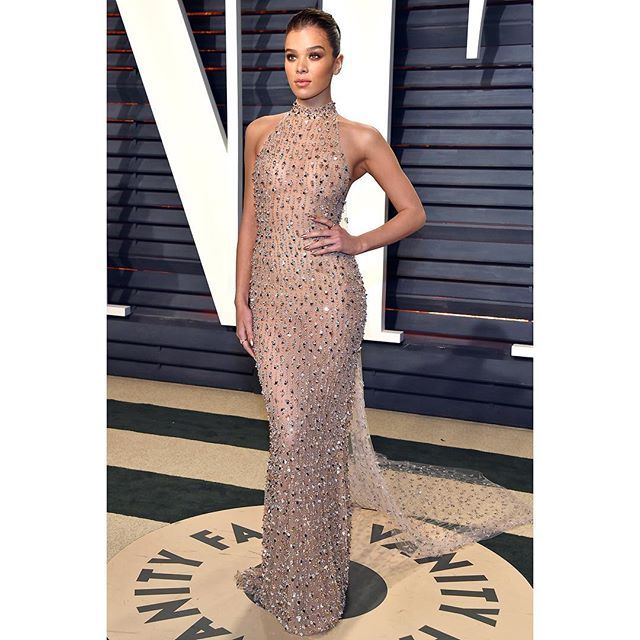 WEBSTA @ ralphandrusso - @haileesteinfeld stunned for a second time this evening in #ralphandrusso at the Vanity Fair Oscar Party. #randrstars #Oscars2017 #VFOscars #haileesteinfeld #couture