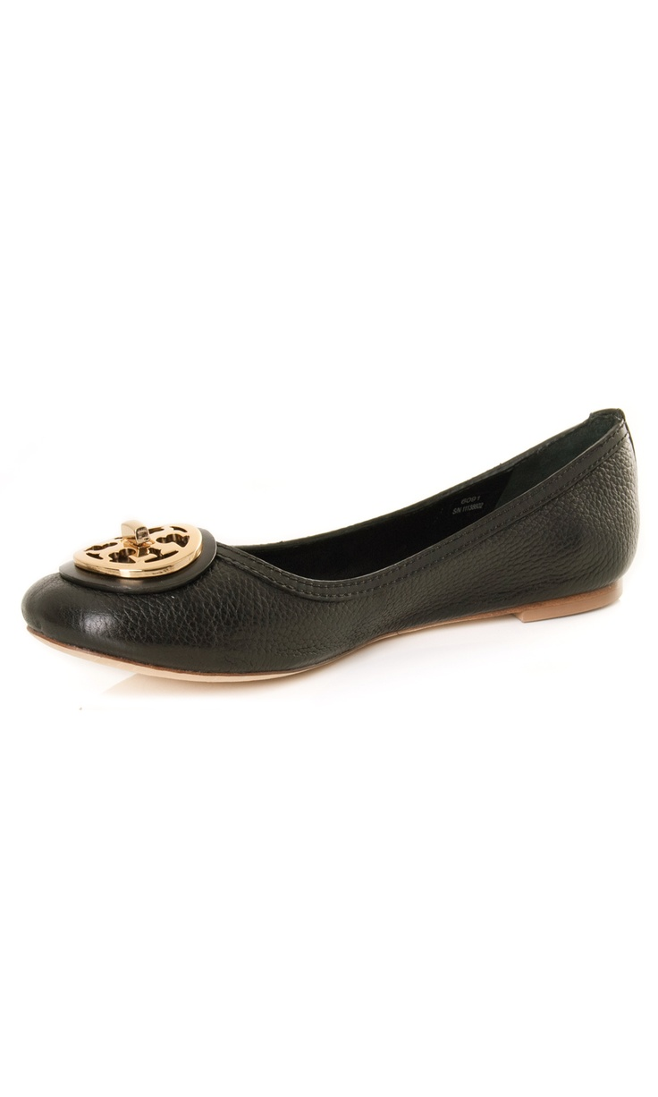 Tory Burch Black Leather #flat ballet, gold toned logo buckle € 245,00