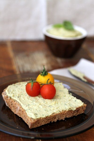Basil Hummus by Zizis Adventures | Savoury food! | Pinterest