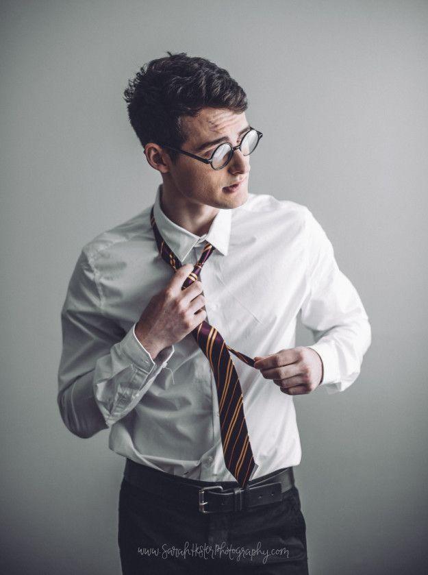 O mundo pode estar uma loucura, mas esse ensaio fotográfico de Harry Potter está aqui para te fazer esquecer tudo isso.