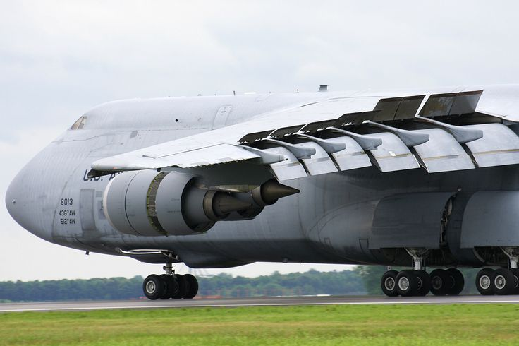 "Lockheed C-5M Galaxy. ""Check out the large slats and flaps as this C-5 completes its demo at Dover 2009, also take note of the updated engines on the new C-5M. 1200 pixels for more detail"""
