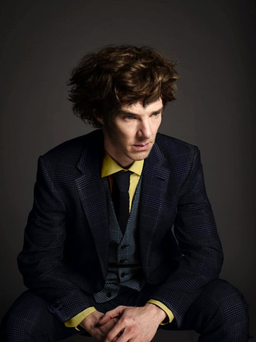 Benedict Cumberbatch cosplaying Spike Spiegel (what am I supposed to make of this? ... *faints*)