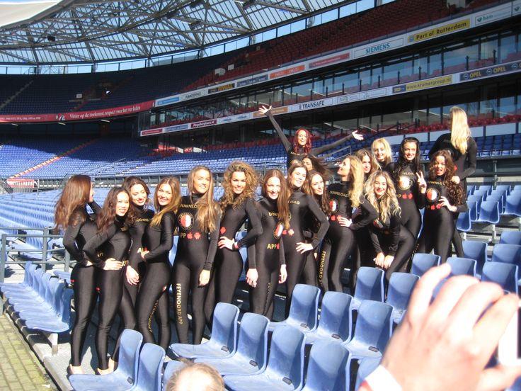 Promotieteam Feyenoord Facebook Fotomarketing Actie Club Mobiel De Kuip Rotterdam
