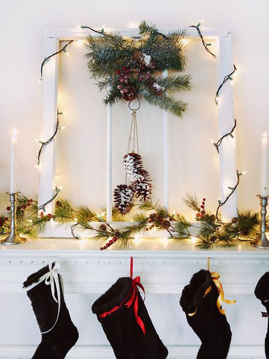 Beautiful Christmas Mantel Decorating Ideas