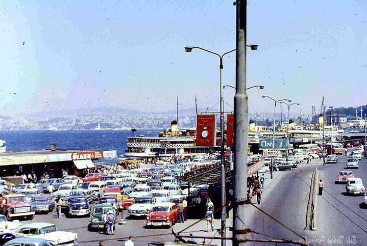 """""""İstanbul öyle ağırbaşlı bir kent değildir'' Cemal Süreya Foto: Boğaziçi iskelesinden Sirkeci'ye bakış, 1974 #istanlook"""