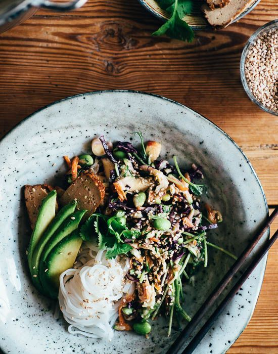 THE SUPER NOODLE SALAD w. TAHINI DRESSING | | Vegan, dairy free, gluten free, and vegetarian. | Click for healthy recipe. | Via Good Eatings