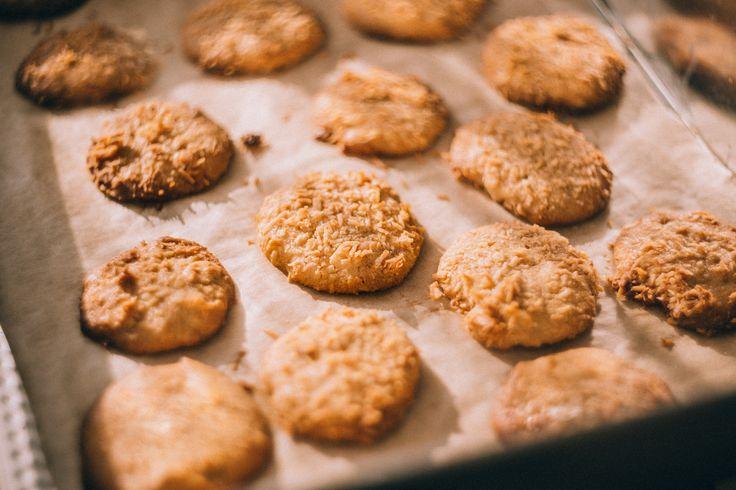 https://flic.kr/p/Rv6RGk | Homemade cookies | Get more yummy free photos on freestocks.org