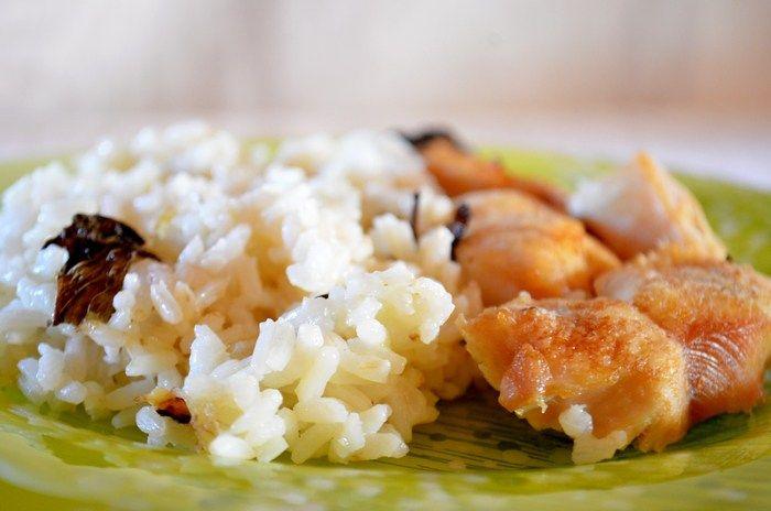 Ρύζι με δυόσμο και κοτόπουλο