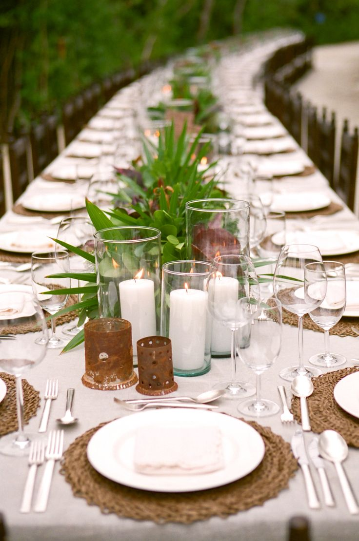 tropical tabletop design by Lisa Vorce and Mindy Rice. Photography by: Aaron Delesie #wedding