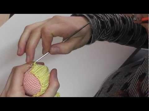 Cómo hacer melena ondulada ganchillo amigurumi parte 4 - YouTube