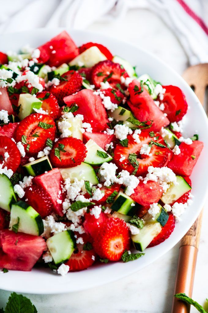 Watermelon Strawberry Cucumber Salad   – Salat