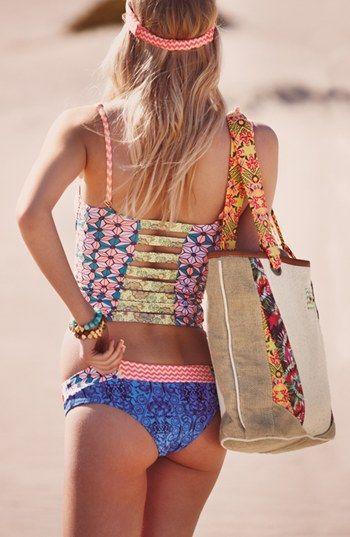 bolso de playa. http://rstyle.me/n/i93p5nyg6