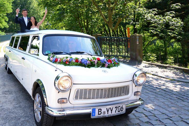 Trabant Stretchlimousine als edles Hochzeitsauto. #trabi #trabant #stretchlimo #hochzeit #hochzeitsauto