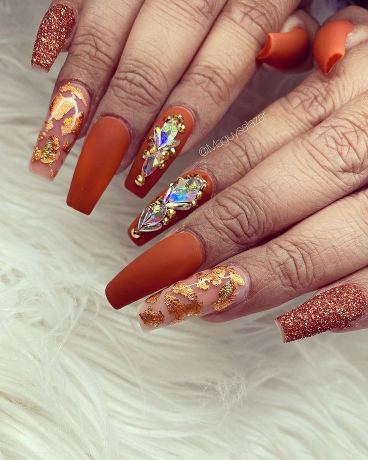 "Nails By 𝓜𝓪𝓰𝓾𝔂𝓼𝓪𝓵𝓪𝔃𝓪𝓻 on Instagram: ""🍁🍂…"" in 2020 