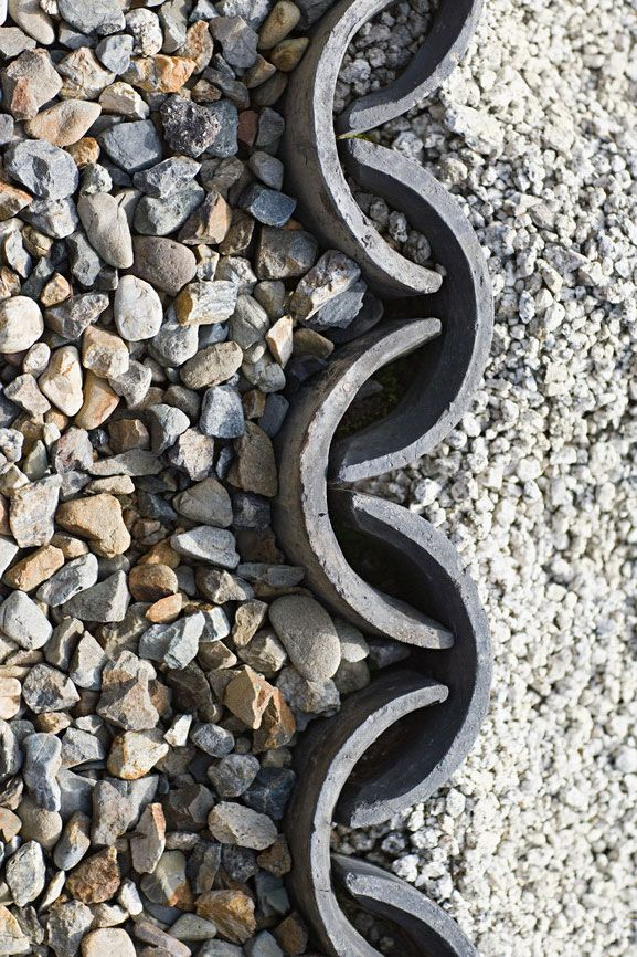 Zen garden stones (Chris Vaughan | depositphotos)