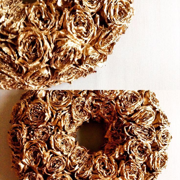 Gold roses wreath