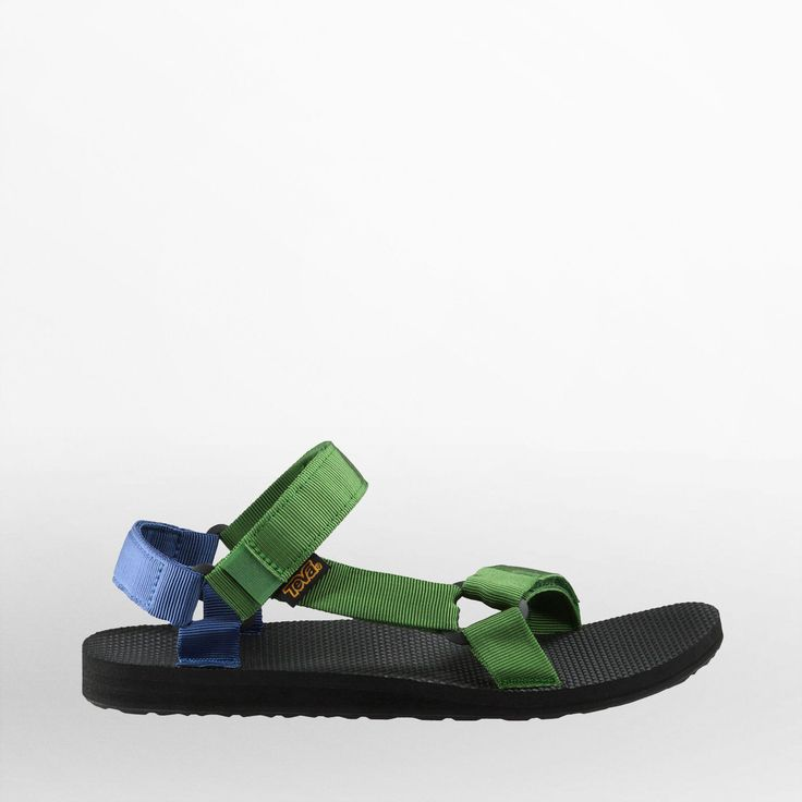 Shop the Men's Original Universal - Reintroducing one of our very first products, this sports sandal features retro design and water friendly features.
