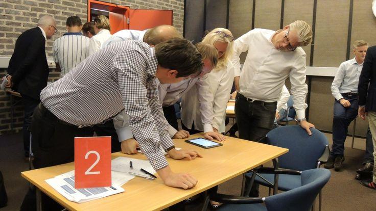 Du måste också överväga vilka specifika ändamål konferens kommer vara på väg. Konferens kan presenteras antingen som incitament evenemang,    utbildningar, försäljning konferens, seminarier och / eller verkstäder, och dessa olika teman utgör olika utmaningar i planering och utförande.