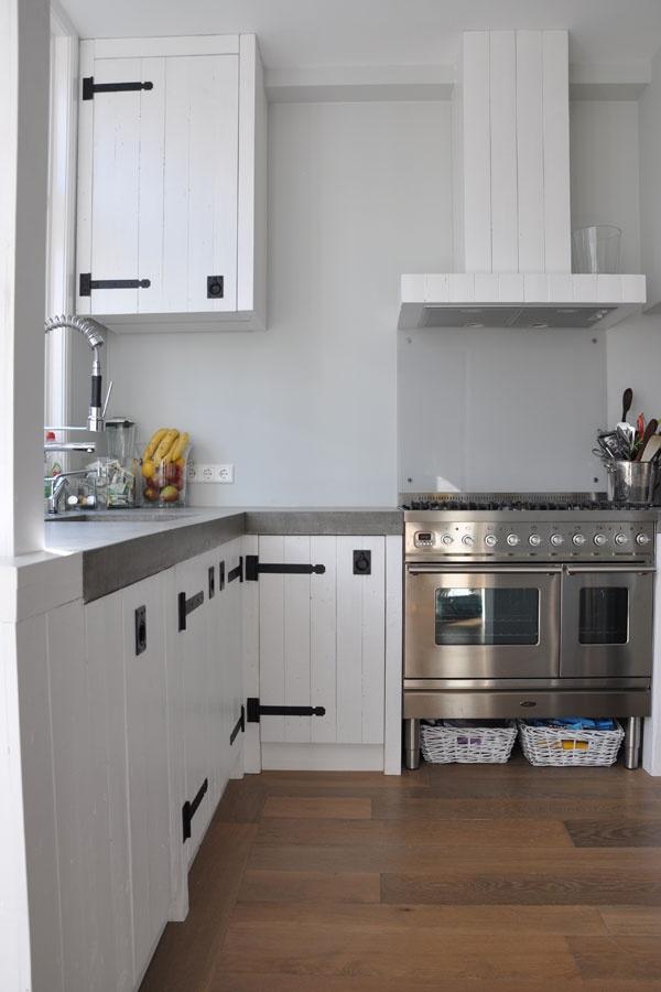 RestyleXL sloophouten keukens | Éénig Wonen