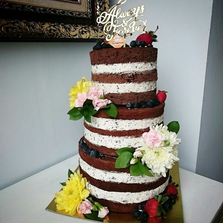 3 tiers of Naked Chocolate Oreo Cake for Wedding, gorgeous!