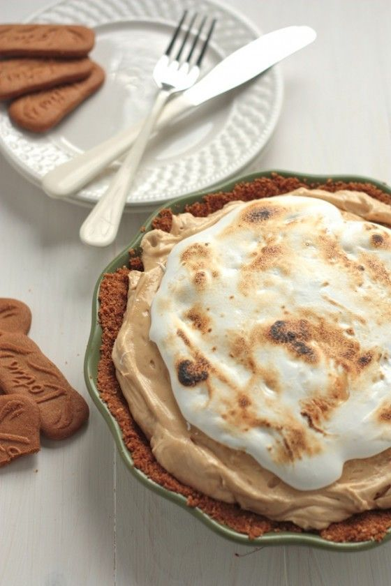 Biscoff Pie with Maple Whiskey Mallow Fluff - Country Cleaver