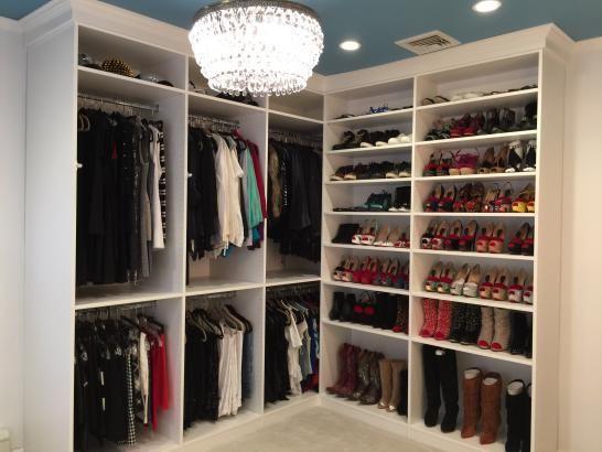 Armario empotrados Vivienda colgar la ropa y zapatos