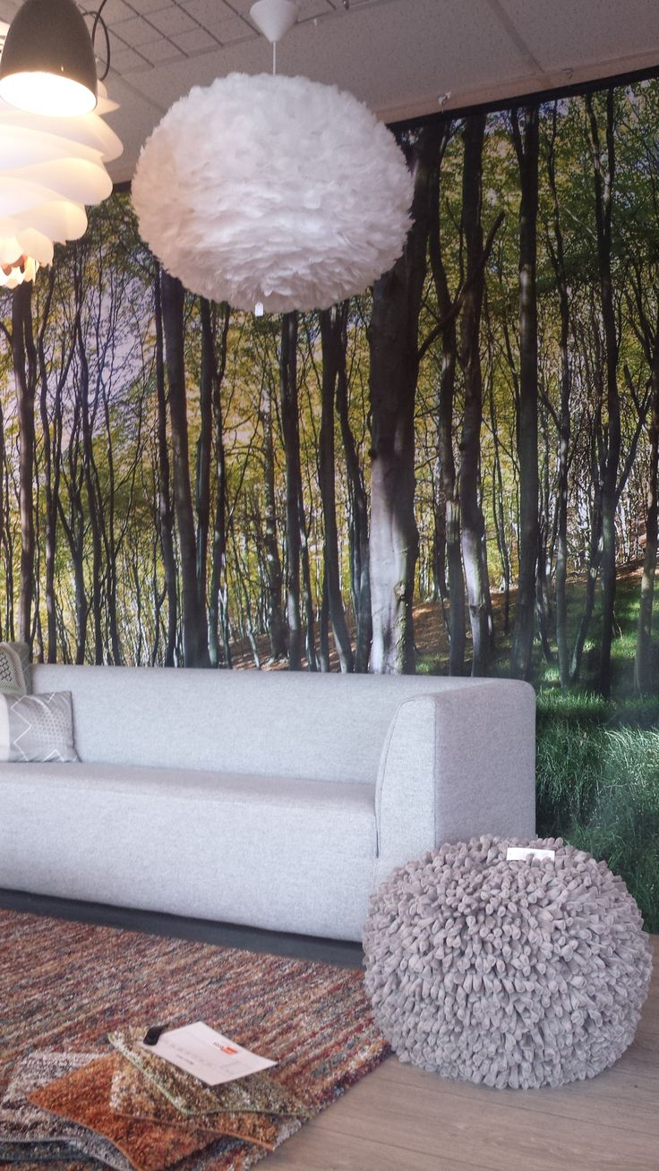 Sofa/Bank: 4800, Gelderland. Lights/Lampen: Eos and Carmina, Vita.