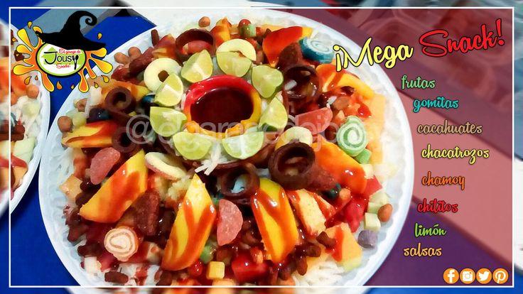 Mega Snack  #frutas #mango #sandía #jícama #piña #melon #cacahuates #japoneses #chacatrozos #gomitas #limon #chamoy #chilitos #salsas #jugos #mexicanfood #mexico #guerrerochihuahua #chihuahua #antojo