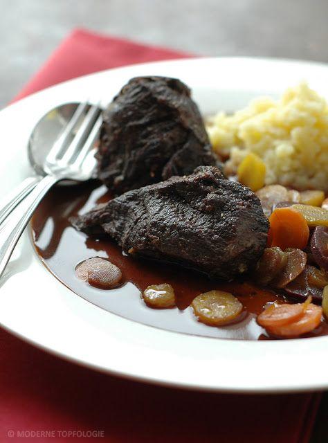Geschmorte Ochsenbacken vom Irish-Hereford Rind mit buten Möhren und Kartoffelpüree. #Schmoren #Rinderbacken #Schmorgericht #Winterküche