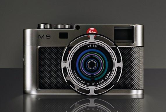 Leica SUMMILUX-M 35mm f/1.4 ASPH. Lens, the Volkswagen Group x Leica M9 Titanium by Walter de'Silva