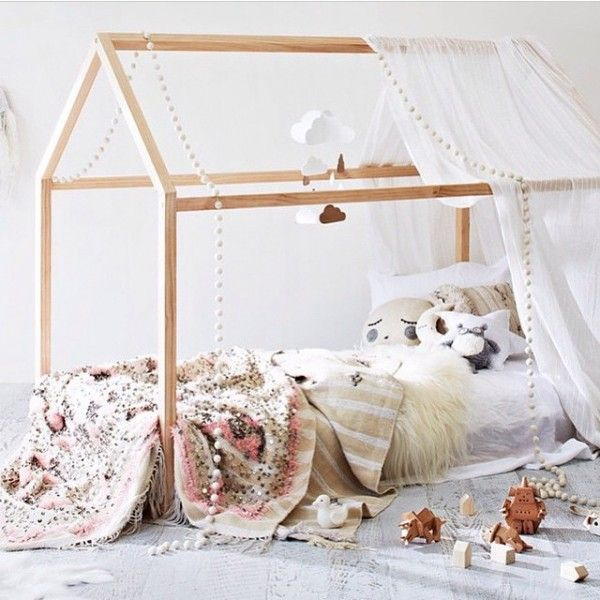 Best 25 Toddler Floor Bed Ideas On Pinterest Montessori