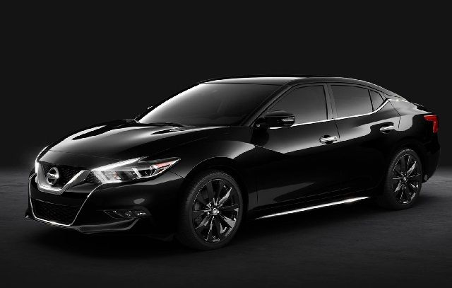 2017 Nissan Maxima - front view