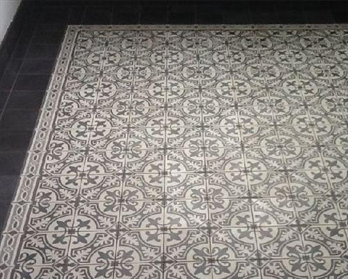 Impressie van oude antieke tegels en portugese tegels hal pinterest van - Lino imitatie oude tegel ...