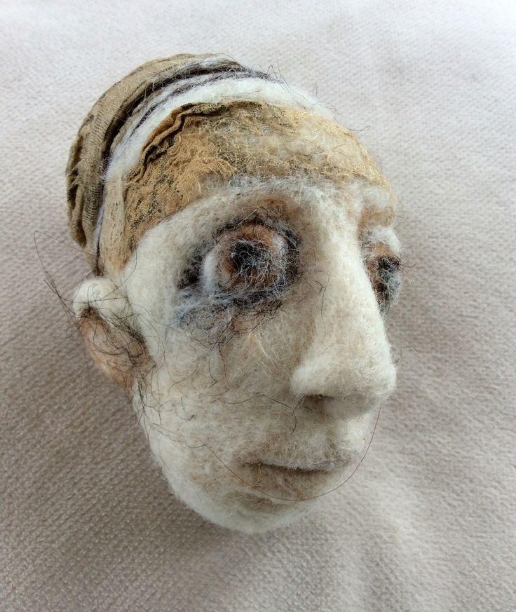 Naald vilt, 13 x 7 cm, wol, zijde