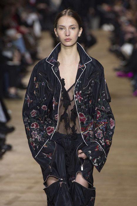 Sacai, Autunno/Inverno 2017, Parigi, Womenswear