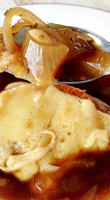 Crock Pot Guinness French Onion Soup & Irish Cheddar Crouton ❊